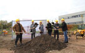From left to right: Thomas Schneider, Norbert Heitz, Astrid Gindorf-Scherer, Jörg Scherer, Thomas Hampp, André Recktenwald